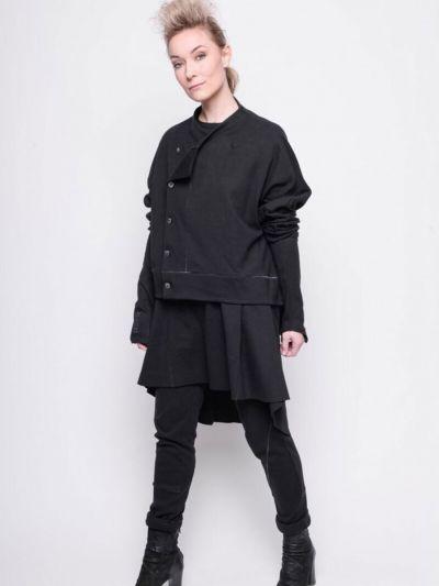 Black 202.01.06